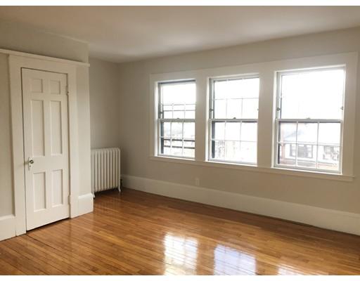 Casa Unifamiliar por un Alquiler en 81 Mount Vernon Street Boston, Massachusetts 02108 Estados Unidos