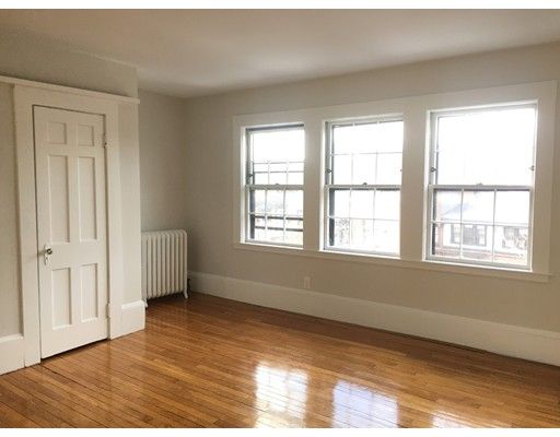 Additional photo for property listing at 81 Mount Vernon Street  Boston, Massachusetts 02108 Estados Unidos