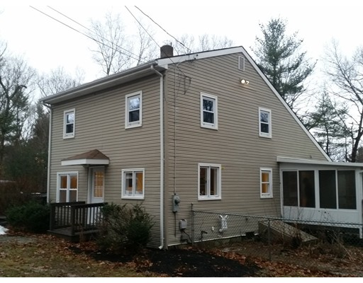 Single Family Home for Sale at 29 Crestwood Road Brimfield, 01010 United States