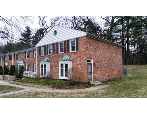 Additional photo for property listing at 91 Yorktown Drive  Springfield, 马萨诸塞州 01108 美国