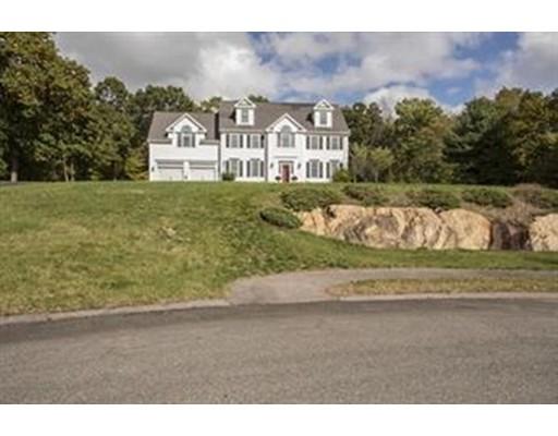 Частный односемейный дом для того Продажа на 22 Fosters Run Stoughton, Массачусетс 02072 Соединенные Штаты