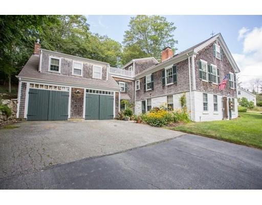 13 Horseneck Rd, Dartmouth, MA 02748