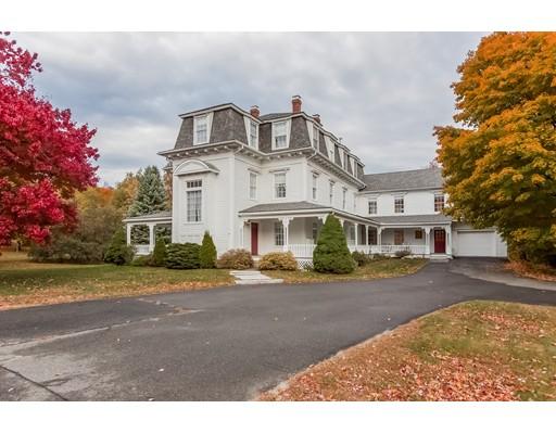 واحد منزل الأسرة للـ Sale في 37 South Main Street New Salem, Massachusetts 01355 United States