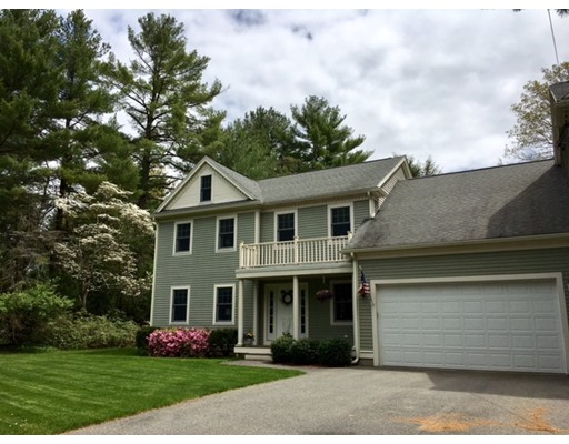 2 Kingsbury Drive, Medfield, MA 02052