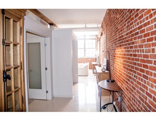 Casa Unifamiliar por un Alquiler en 275 Medford Boston, Massachusetts 02129 Estados Unidos