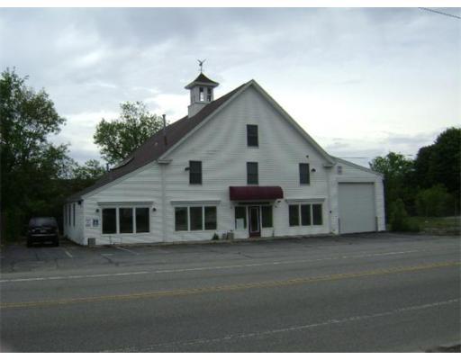 Commercial pour l Vente à 308 Providence Road 308 Providence Road Grafton, Massachusetts 01560 États-Unis