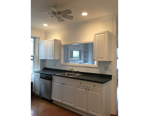 Additional photo for property listing at 18 Devens Street  Boston, Massachusetts 02129 Estados Unidos