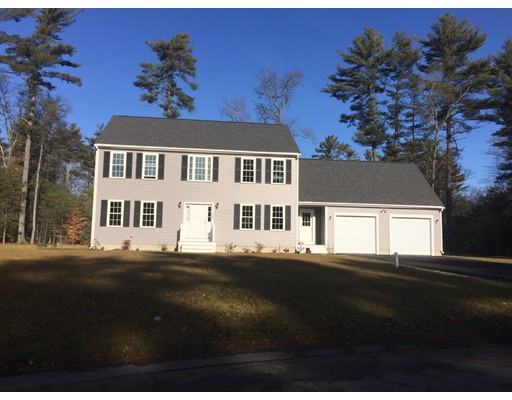 Частный односемейный дом для того Продажа на 12 Lamppost Drive Halifax, Массачусетс 02338 Соединенные Штаты