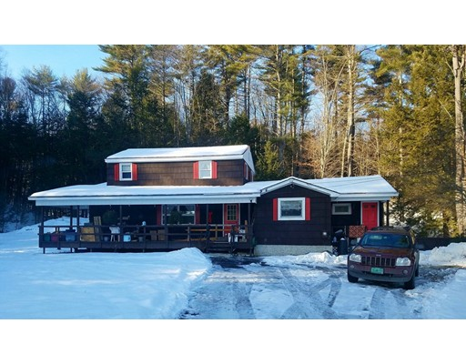 Single Family Home for Sale at 128 Holtshire Road 128 Holtshire Road Orange, Massachusetts 01364 United States