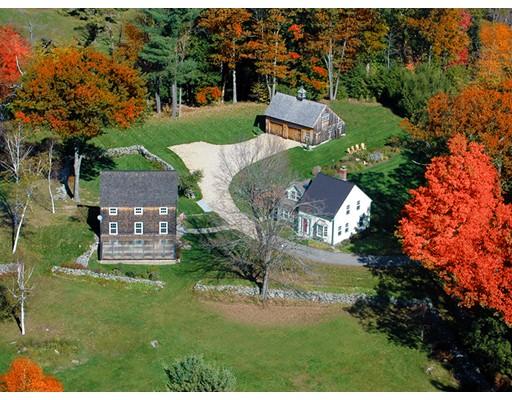 Maison unifamiliale pour l Vente à 10 Forristall Road Ashburnham, Massachusetts 01430 États-Unis