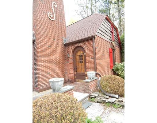 156 Harwood Ave, Littleton, MA 01460