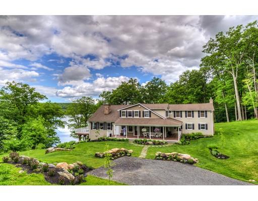 Частный односемейный дом для того Продажа на 1 Chanterwood Road Lee, Массачусетс 01238 Соединенные Штаты