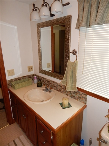 Photo #18 of Listing 87 Shorewood Dr