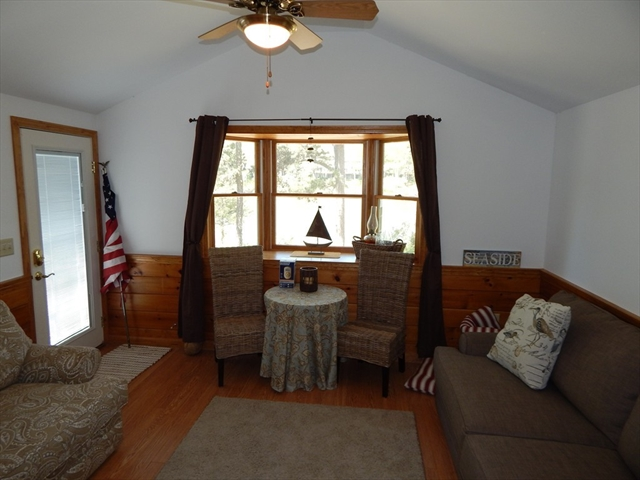 Photo #20 of Listing 87 Shorewood Dr