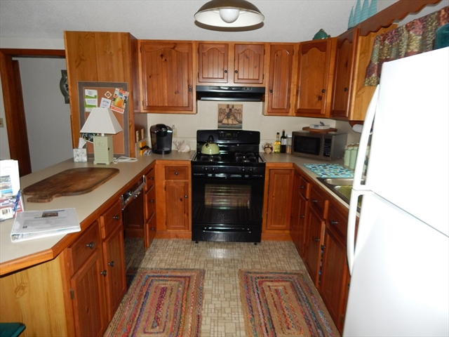 Photo #27 of Listing 87 Shorewood Dr