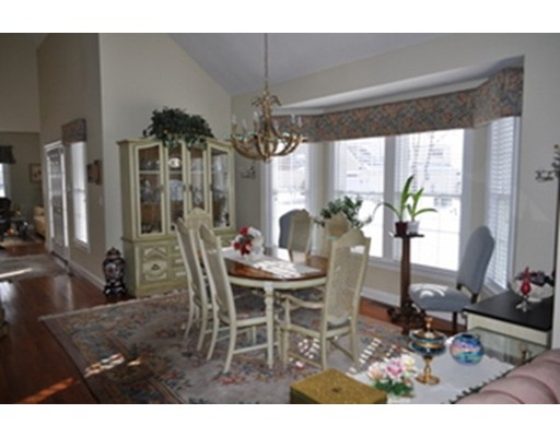 Single Family Home for Sale at 3 Old Mill Circle 3 Old Mill Circle Westminster, Massachusetts 01473 United States
