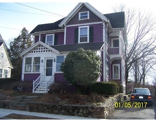 Maison unifamiliale pour l Vente à 185 E Foster Street Melrose, Massachusetts 02176 États-Unis