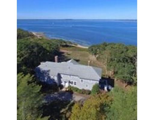 Частный односемейный дом для того Продажа на 380 Wings Neck Road Bourne, Массачусетс 02559 Соединенные Штаты