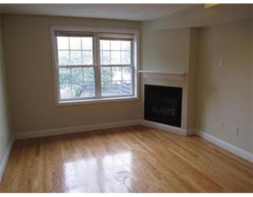 Additional photo for property listing at 1135 Washington  诺伍德, 马萨诸塞州 02062 美国