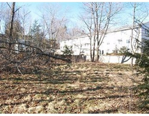 Terreno por un Venta en 15 Turnbull Ave Lot 2 Wakefield, Massachusetts 01880 Estados Unidos