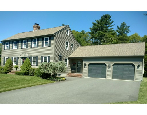Single Family Home for Sale at 5 Gabriel Farm Drive Acushnet, Massachusetts 02743 United States