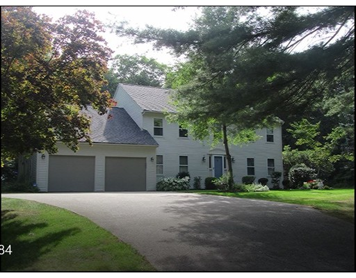 Single Family Home for Sale at 7 Hill Street Lakeville, Massachusetts 02347 United States