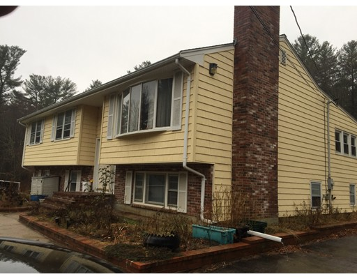 Casa Unifamiliar por un Venta en 133 South Street East Bridgewater, Massachusetts 02333 Estados Unidos