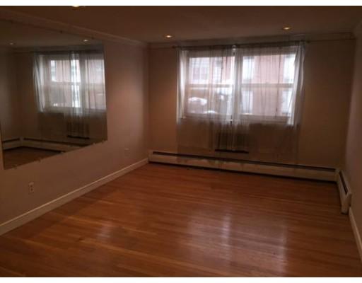 独户住宅 为 出租 在 11 Commonwealth Court 波士顿, 马萨诸塞州 02135 美国