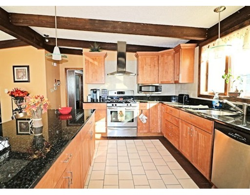 89 Cliff Ave, Winthrop, MA 02152