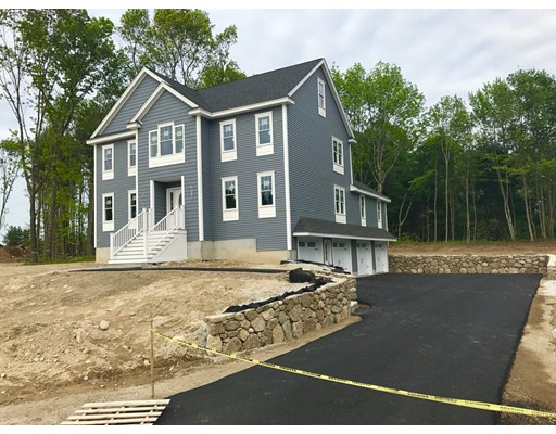 Casa Unifamiliar por un Venta en 5 Hemlock Lane Lot 27 Billerica, Massachusetts 01821 Estados Unidos