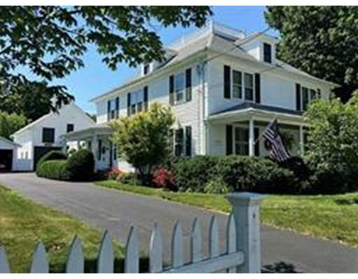 Casa Unifamiliar por un Venta en 622 West Greenville Road Scituate, Rhode Island 02857 Estados Unidos