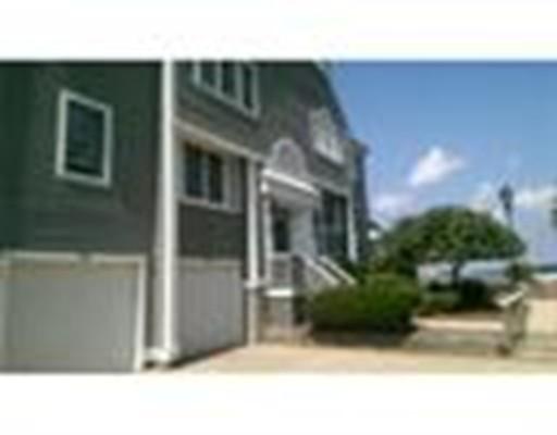 Maison unifamiliale pour l à louer à 700 Shore Drive Fall River, Massachusetts 02721 États-Unis