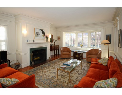 29 Raymond St, Cambridge, MA 02140