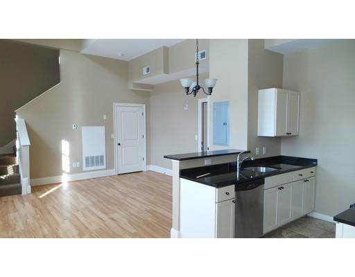 Additional photo for property listing at 16 Chestnut Street  Foxboro, Massachusetts 02035 United States
