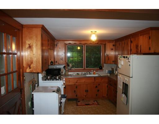 独户住宅 为 出租 在 55 2Nd Brook Street 金士顿, 马萨诸塞州 02364 美国