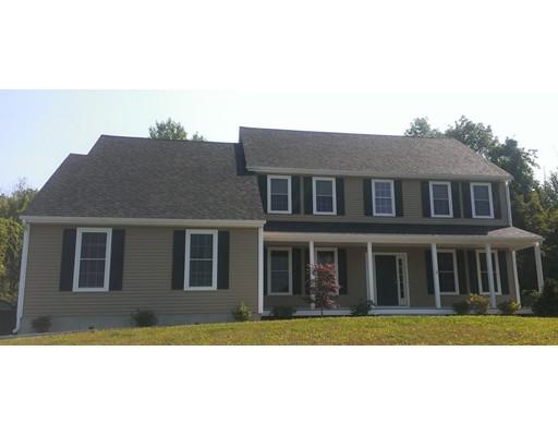 独户住宅 为 销售 在 102 Washington Street 诺斯布里奇, 01534 美国