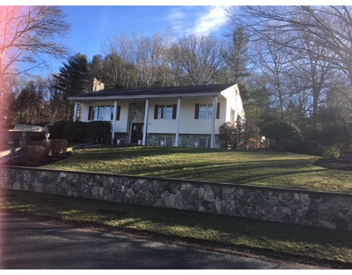 20 E River Dr, Dartmouth, MA 02747
