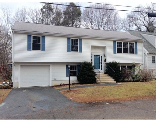 Single Family Home for Sale at 14 Richmond Road Natick, Massachusetts 01760 United States
