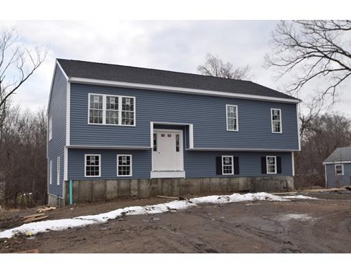 Casa Unifamiliar por un Venta en 3 North Glenway Avenue Randolph, Massachusetts 02368 Estados Unidos