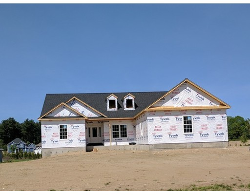 独户住宅 为 销售 在 82 Massey Street Westfield, 马萨诸塞州 01085 美国