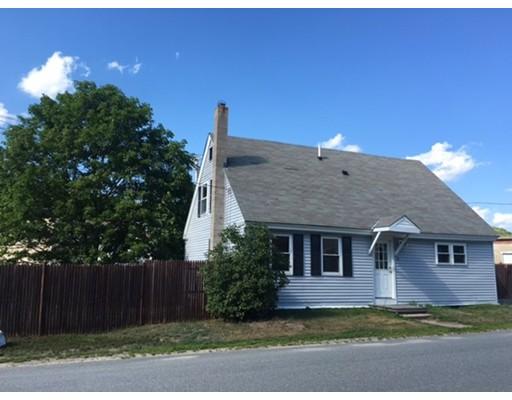 Частный односемейный дом для того Аренда на 14 Benjamin St #1 14 Benjamin St #1 Winchendon, Массачусетс 01475 Соединенные Штаты