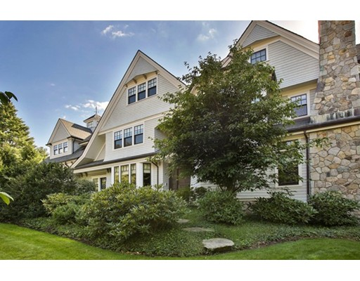 Single Family Home for Sale at 201 Highland Street Newton, Massachusetts 02465 United States