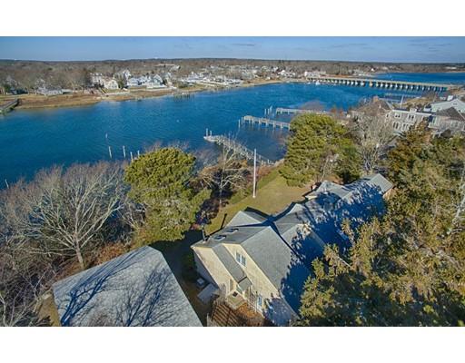 Casa Unifamiliar por un Venta en 73 Uncle Barneys Road Dennis, Massachusetts 02670 Estados Unidos