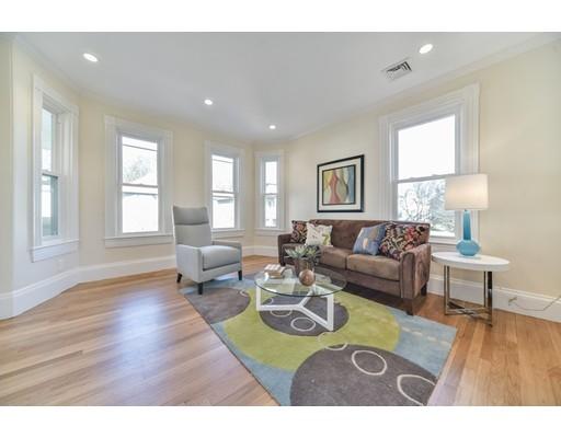 独户住宅 为 出租 在 123 Richmond Street 波士顿, 马萨诸塞州 02124 美国