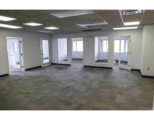 Commercial للـ Rent في 975 Merriam Avenue 975 Merriam Avenue Leominster, Massachusetts 01453 United States