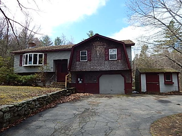 Property for sale at 80 Brooks Village Road, Phillipston,  MA 01331