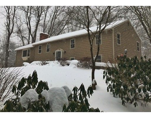 Single Family Home for Sale at 1061 Dennison Drive Southbridge, Massachusetts 01550 United States
