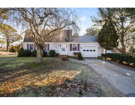 Single Family Home for Sale at 120 Seapit Road Falmouth, Massachusetts 02536 United States