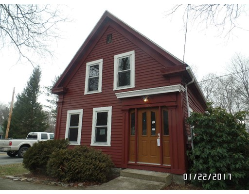 Single Family Home for Sale at 106 Federal Street Blackstone, Massachusetts 01504 United States
