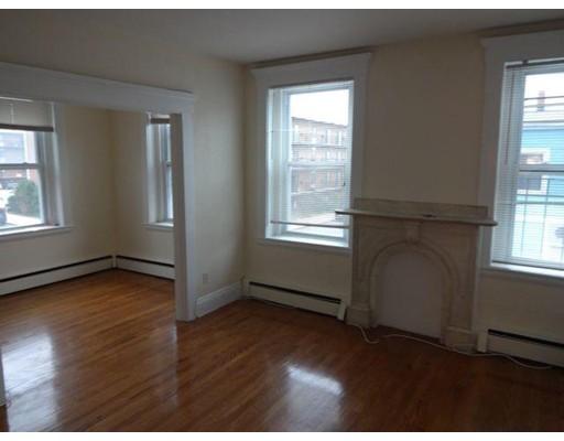 Casa Unifamiliar por un Alquiler en 722 East 6th Street Boston, Massachusetts 02127 Estados Unidos